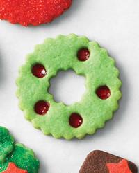 mld106463_1210_cookie_stain_wreath.jpg