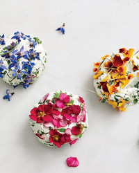 edible-flowers-cheese-9780307954442.jpg