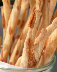 emeril-ep02-beautybreadsticks-10-14.jpg