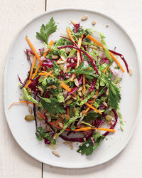 kale-slaw-carrots-peppers-mbd108052.jpg