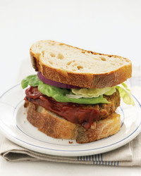 meat-loaf-sandwiches-0506-med102090.jpg