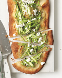 asparagus-potato-flatbread-med108164.jpg