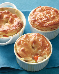 sarah-chicken-pot-pie-001e-med108875.jpg
