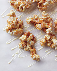 white-chocolate-popcorn-024-md109198.jpg