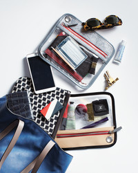 Command Center to Go: How to Organize Your Purse