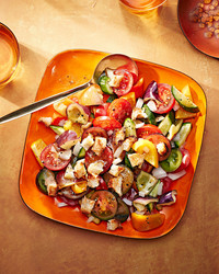 gazpacho salad with croutons