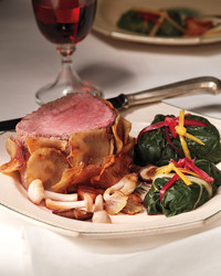 potato-wrapped-beef-plated-019-d112520.jpg