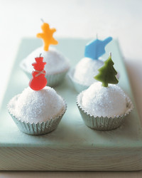 mla101692cuppcake_1205_snowball_frosting.jpg