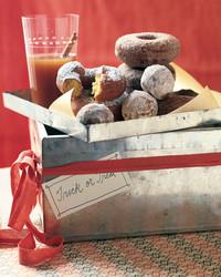pumpkin-cornmeal-doughnuts-1001-mla98150.jpg