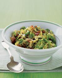 shredded-brussels-sprouts-1104-mea101006.jpg