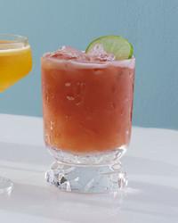cocktails-399-bg-6152270-kingston-negroni.jpg