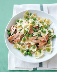 farfalle with salmon mint and peas