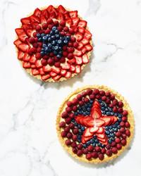 fourth-of-july-fruit-star-tart-320-d112984.jpg