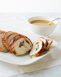 roasted-turkey-breast-with-herbs-023-d111289.jpg