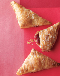 desserts-strawberry-jam-handpies-med108749-001b.jpg