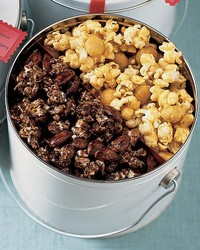 ml1204craa8_1204_macadamia_butter_crunch_popcorn.jpg