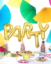 A Fun Balloon Centerpiece to Try at Your Next Party