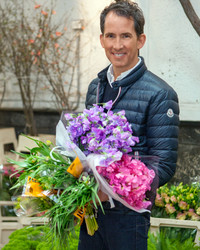 Behind the Scenes: Shop the Flower Market with Kevin Sharkey