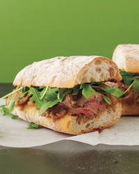 flash-in-the-pan-steak-sandwich-shallots-med108749-003c.jpg