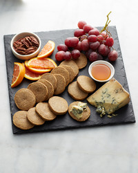 martha-bakes-blue-cheese-pecan-crackers-147-d110936-0514.jpg
