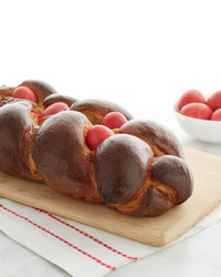 martha-bakes-easter-bread-with-red-eggs-123-d110936-0514.jpg