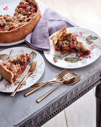 thanksgiving-apple-cranberry-deep-dish-pie-0076-1-d112352.jpg