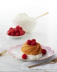 martha-bakes-mini-whipped-cream-bundt-cake-140-d110936-0614.jpg