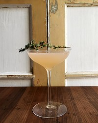 The Perfect Between-Season Cocktail