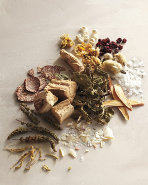 The Best Herbal Remedies for Winter Colds