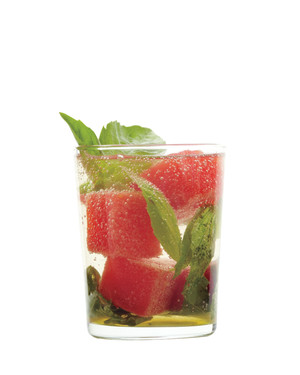 Summer Sippers: Refreshing Drink Recipes That'll Keep You Cool