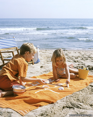 10 Awesome Ways to Keep Yourself Busy at the Beach