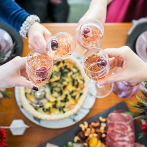 Host a Galentine's Day Dinner Party That's All About Elegance and Splendor
