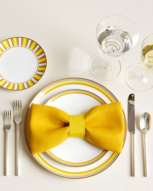 The Art of Napkin-Folding: One Napkin, 12 Ways