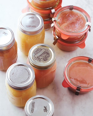 How to Make Pink Applesauce