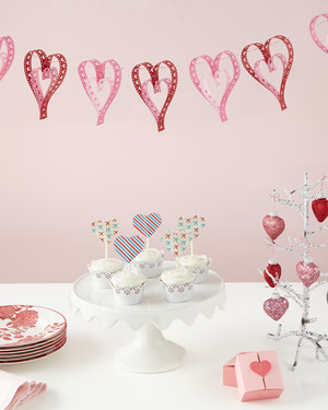 14 Last-Minute Valentine's Day Cards, Crafts, and Ideas
