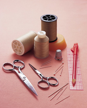 10 Sewing Kit Essentials