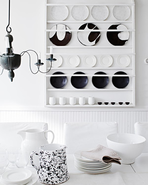 The Art of Decorating with Black and White
