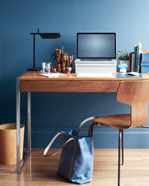 De-Stress Your Desk: Office Organizing Tips