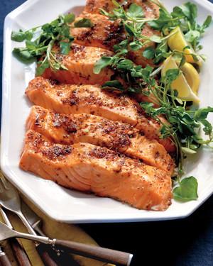 med106601_0411_eas_salmon_brown_sugar.jpg