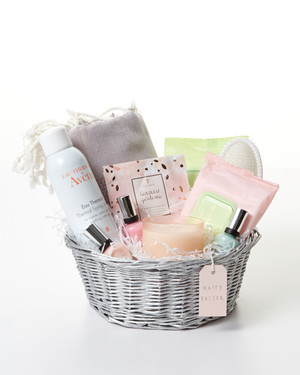 Easter basket gift ideas for adults my web value 10 lavish easter basket ideas for a spa day at home negle Images