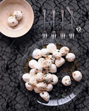 marinated-full-moons-halloween07-mla100280.jpg