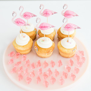 Let's Flamingle cupcakes
