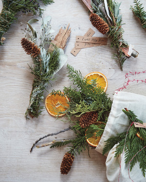 9 Natural Ways to Make Your Home Smell Like Christmas