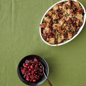 Basic Bread Stuffing and Cranberry Sauce with Ginger and Clove