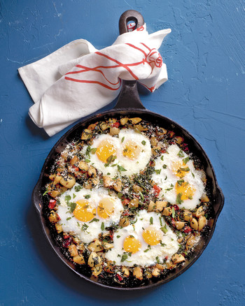 potato_hash_with_eggs.jpg