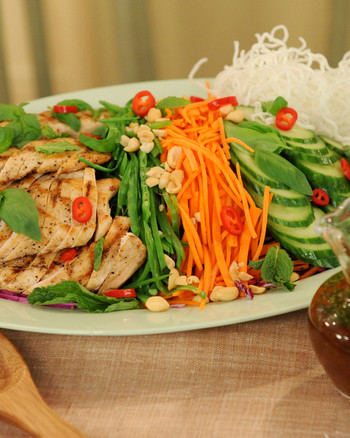 thai-chicken-salad-mslb7127.jpg
