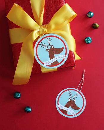 Christmas reindeer gift tags