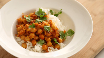 easy_curried_chickpeas_for_dinner.jpg
