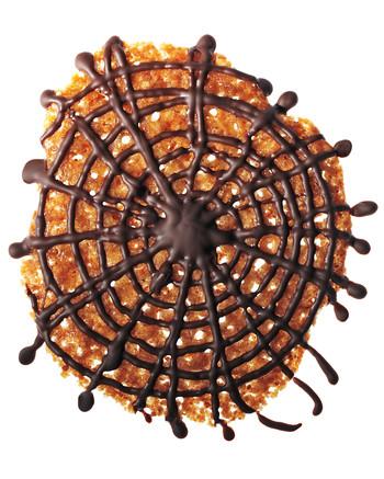 spider-web-cookies-02-mld110348.jpg