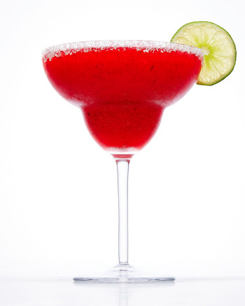 christmas-margarita-cocktail-102882428.jpg